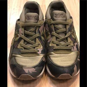 Boys ASICS Gel Lyte V Sneakers Size 2